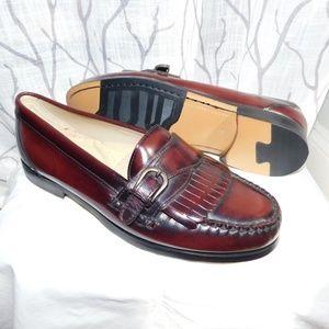 NWOT G.H. Bass, burnished leather, fringe loafer